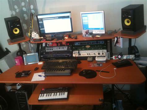 Fame W 200 Studio Workstation Image 233298 Audiofanzine Quiklok Studio Desk