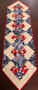 17 best ideas about quilted table runners on