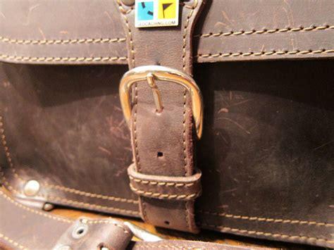 saddleback leather medium satchel review the gadgeteer