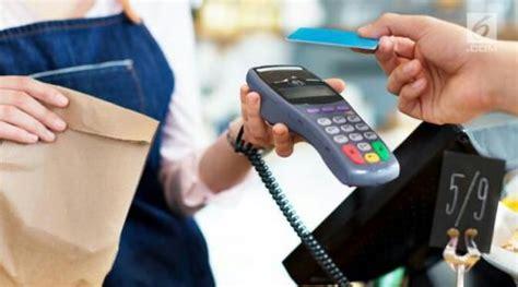 Foto Dan Mesin Kasir ingat gesek kartu kredit dan kartu debit di mesin kasir berbahaya ini penjelasan lengkapnya