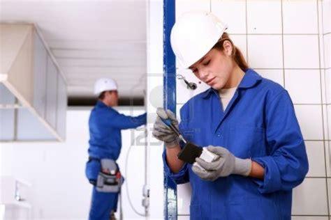 imagenes mujeres y hombres trabajando hombres y mujeres trabajando