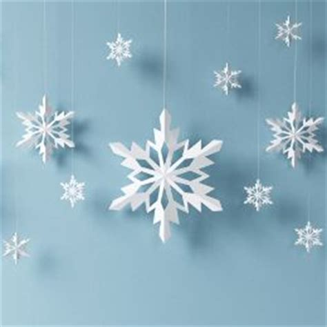 How To Make Paper Snowflake Decorations - best 25 paper snowflakes ideas on 3d paper