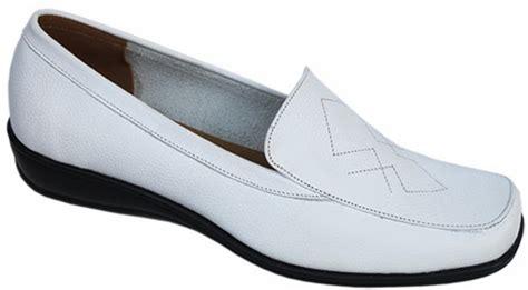 Grosir Sepatu Kerja Putih grosir sepatu perawat produsen sepatu perawat
