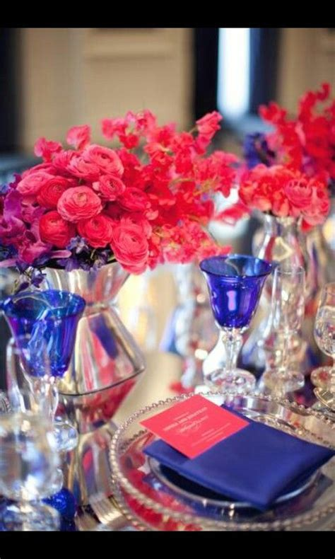 Royal blue & fushia table setting   Wedding   Pinterest