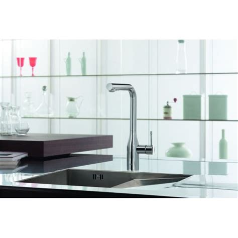 grohe 30271000 essence pull out kitchen faucet with 2