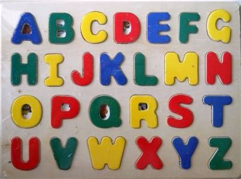 Puzzle Kayu Abjad Bentuk Ikan dinomarket pasardino puzzle abjad kayu