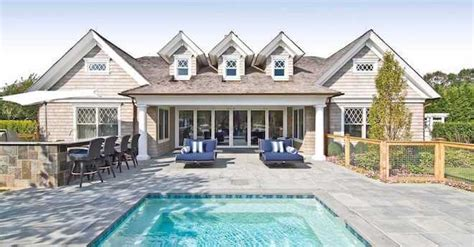 celebrity homes beyonce and jay z hton s home 8 celebrity homes that will absolutely make you jealous