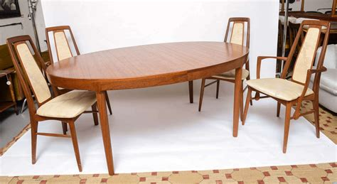 Mcm Dining Table Koefoeds Teak Mcm Dining Table With Eight Chairs At 1stdibs