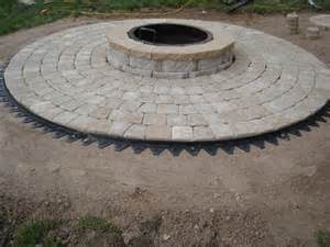 how to install cobble circle pavers with firepit