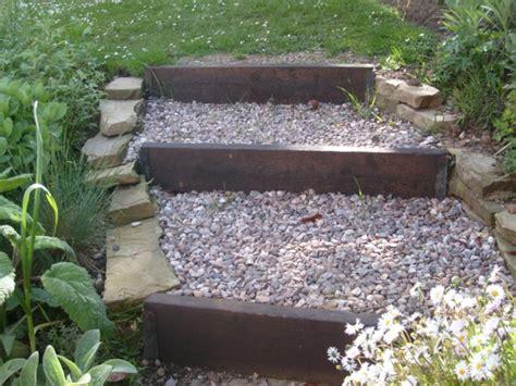 Garten Stufen Anlegen by Gartentreppe Selber Bauen Und Sich Den Weg Durch Den