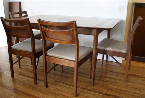 American Furniture Dining Tables Mid Century Modern Dining Table And Chairs American By Martinsville Picked Vintage
