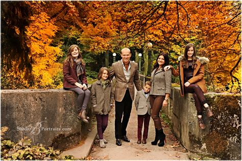 Best Family - best fall family pictures at seattle arboretum studio b