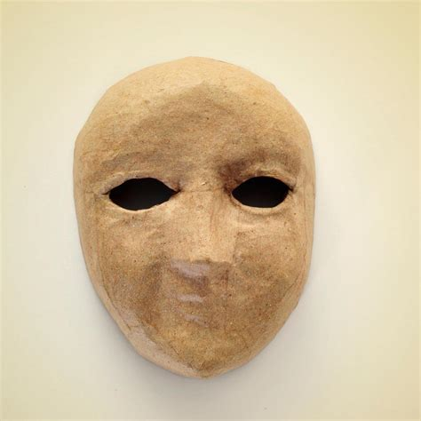 Masks With Paper Mache - how to make a really cool paper mache mask using balloons
