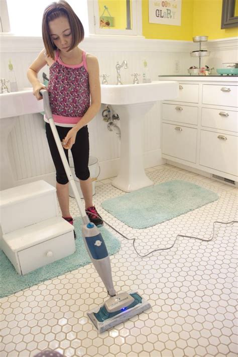 cleaning bathroom floor tiles start clean in 14 bathroom the pleated poppy