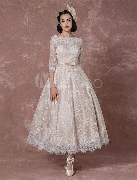 Brautkleid Kurz Vintage by 220 Ber 1 000 Ideen Zu Brautkleid R 252 Ckenfrei Auf