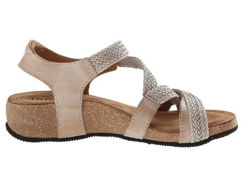 taos shoes taos footwear trulie at zappos