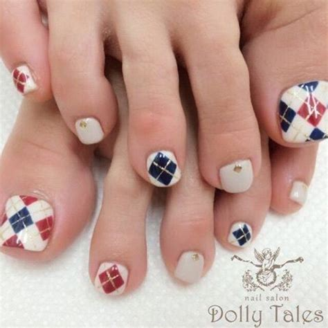 pattern toe nails 27 gorgeous toe nail art designs that you should got to have