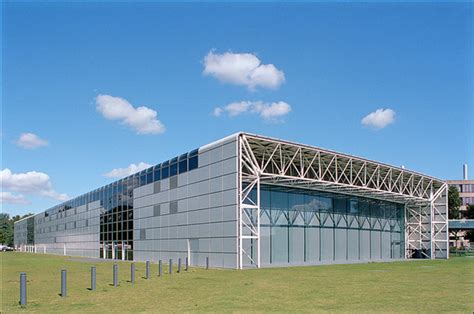 design engineer norwich norman foster s sainsbury centre listed archdaily