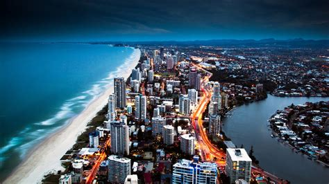 wallpaper on gold coast australia wallpapers the land of desert and rainforests