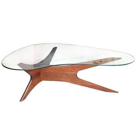 Vladimir Kagan Coffee Table Sculptured 60 S Coffee Table In The Vladimir Kagan Style At 1stdibs