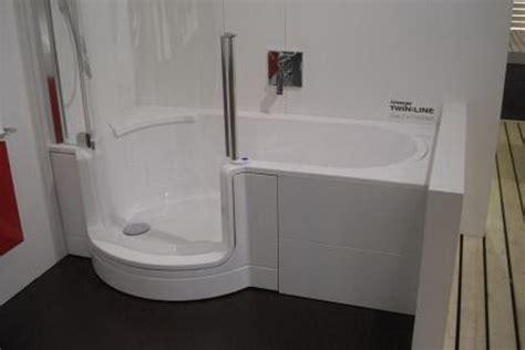 badewannen mit duscheinstieg badideen kleines bad