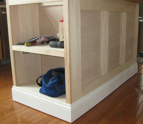 how to install kitchen island cabinets kitchen island update remodelando la casa
