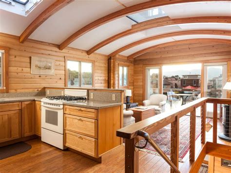 custom house boats 25 best ideas about houseboat living on pinterest houseboats house boat interiors