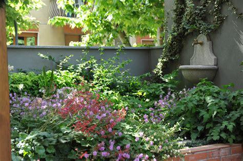 giardino in ombra progetto giardino il giardino pensile all ombra