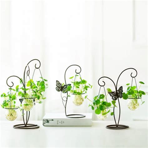 glass vase with butterfly metal stand apollobox