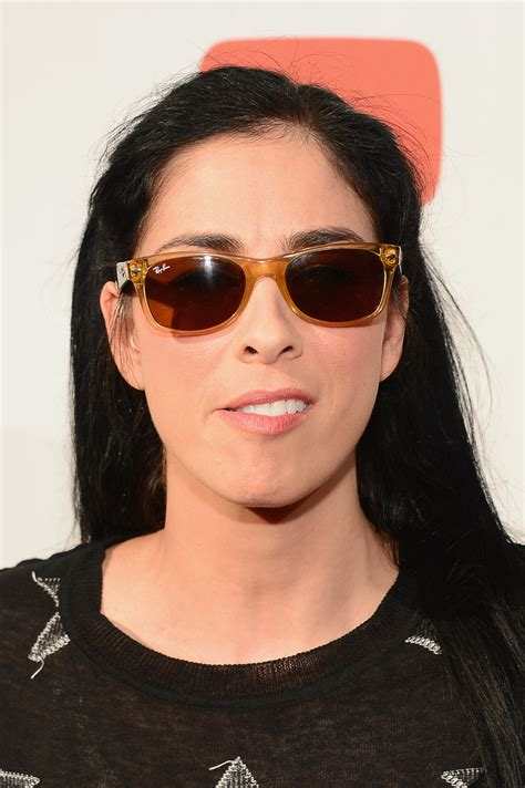 sarah silverman hair sarah silverman wayfarer sunglasses wayfarer sunglasses