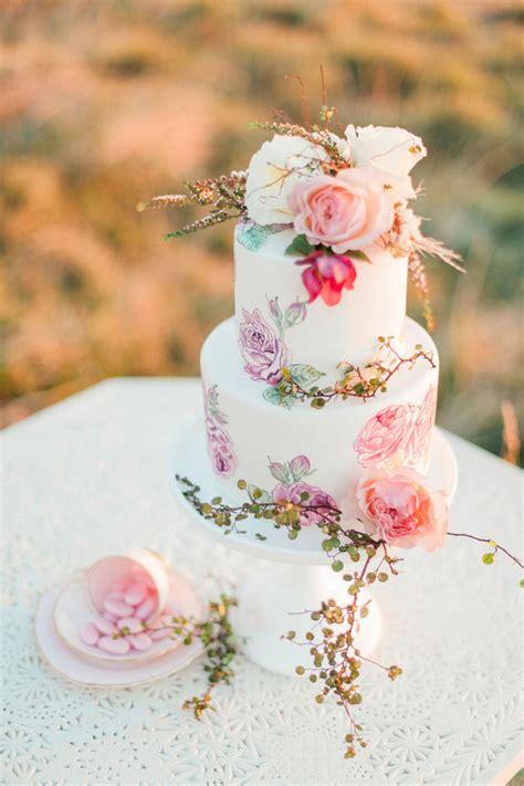 design love fest flower cake wat kost een bruidstaart theperfectwedding nl