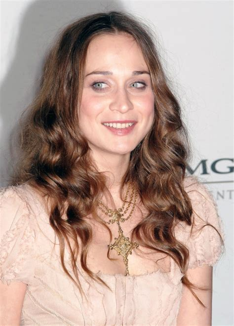 fiona apple fiona apple drops south american tour to be with dying