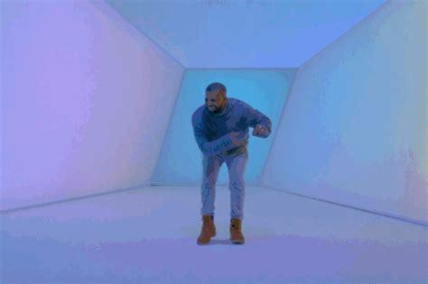 Drake Dancing Meme - 16 gifs of drake dancing in hotline bling vulture