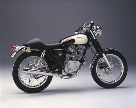 Suzuki Racer 25 Best Suzuki Cafe Racer Ideas On Suzuki Mc