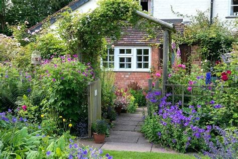cottage garden ideas cottage garden designs small cottage garden cottage garden