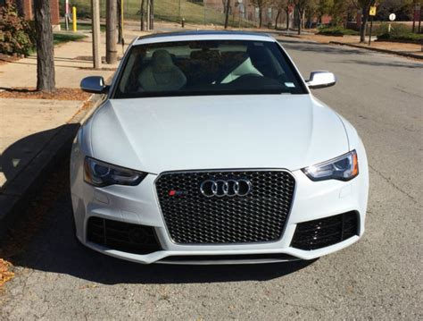 Audi Rs5 4 Door by 2013 White Audi Rs5 Base Coupe 2 Door 4 2l