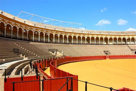 maestranza soeme 15 things you absolutely must do in seville spain miss