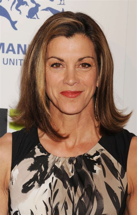 Another way to show how versatile the long bob is: Wendie Malick wears hers flipped at the ends