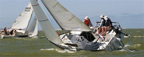dragon boat racing goolwa marina hindmarsh island freshwater classic yacht race 2014