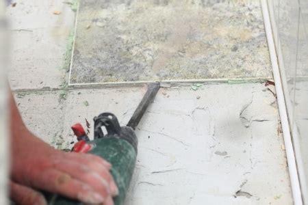 fliesenkleber vom boden entfernen fliesen entfernen diese m 246 glichkeiten gibt es