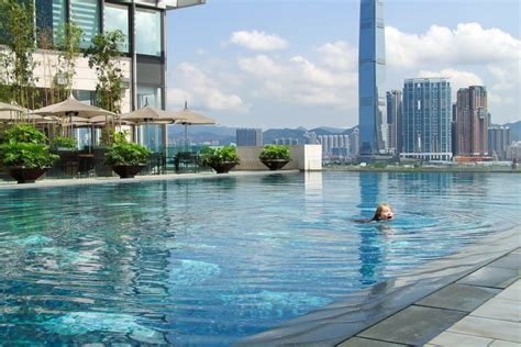 Guide to Four Seasons Hotel Hong Kong   Best Hotels in