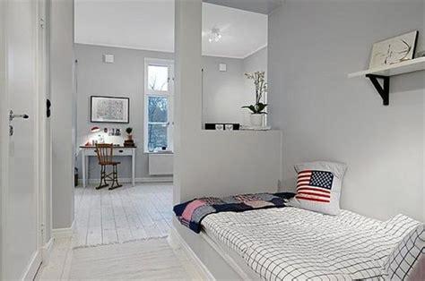 Bien Amenager Un Petit Salon Sejour #5: joli-salon-gris-salle-a-coucher-grise-idee-deco-sejour-amenager-petit-salon-amenagement-petit.jpg