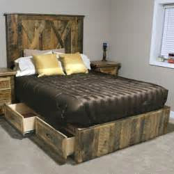 Barn Wood Bed Frames Rural Root Legend Barnwood Platform Bed Wood Platform Bed Platform Beds And Barn Wood