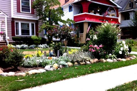 green simple landscaping ideas using mulch for front yard homelk com