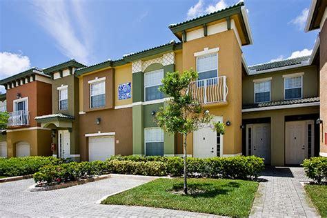 florida appartments olenliving quantum lake villas community olen properties