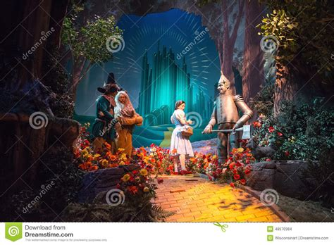 Disney S Miracle Free Disney World Wizard Of Oz Great Ride Editorial Stock Image Image 48570384