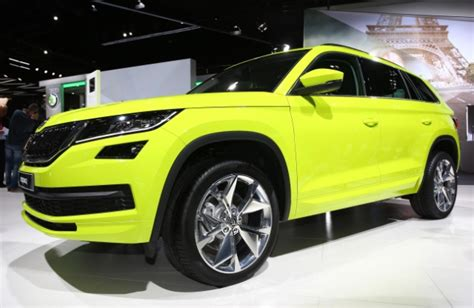 2017 skoda kodiaq 7 seater suv unveiled at 2016