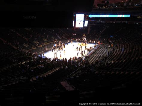 how many does square garden seat square garden section 206 new york knicks