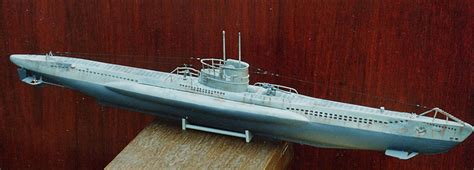 weighing boat deutsch u 47 german type vii b german u boat revell germany 1