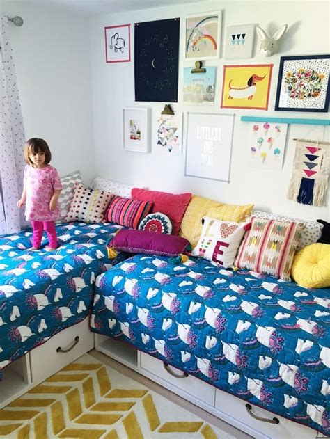 two modern homes with rooms for small children with floor modern small kids bedroom 131 futurist architecture